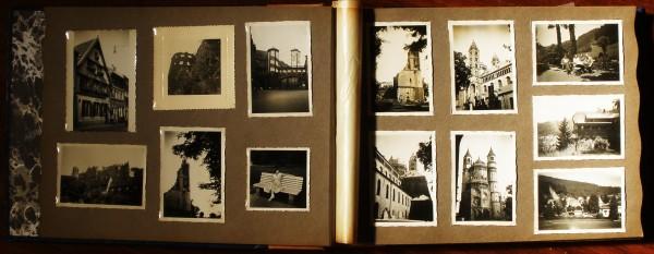 Álbum Fotográfico com 75 Fotografias Originais Com Negativos e folhetos referentes a Universidade Heidelberg de Ruprecht Karl - Programe do curso das férias do Estrangeiro de 2-29-Agosto de 1953 «€200.00»